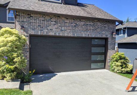 Modern Steel™ garage doors