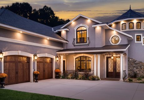 Canyon Ridge® Carriage House (5-Layer) garage doors